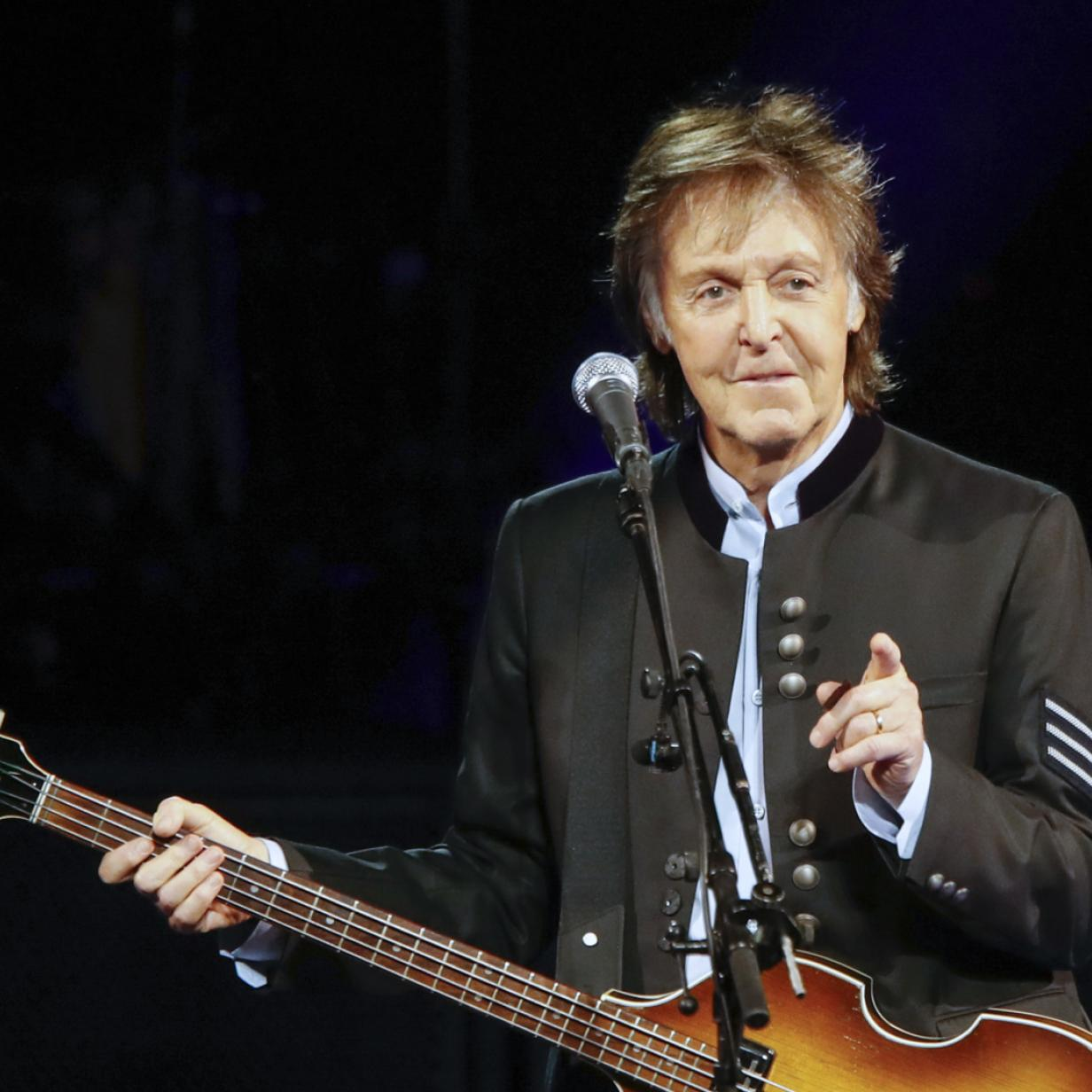 Paul McCartney ist Stargast des 50. Glastonbury-Musikfestivals