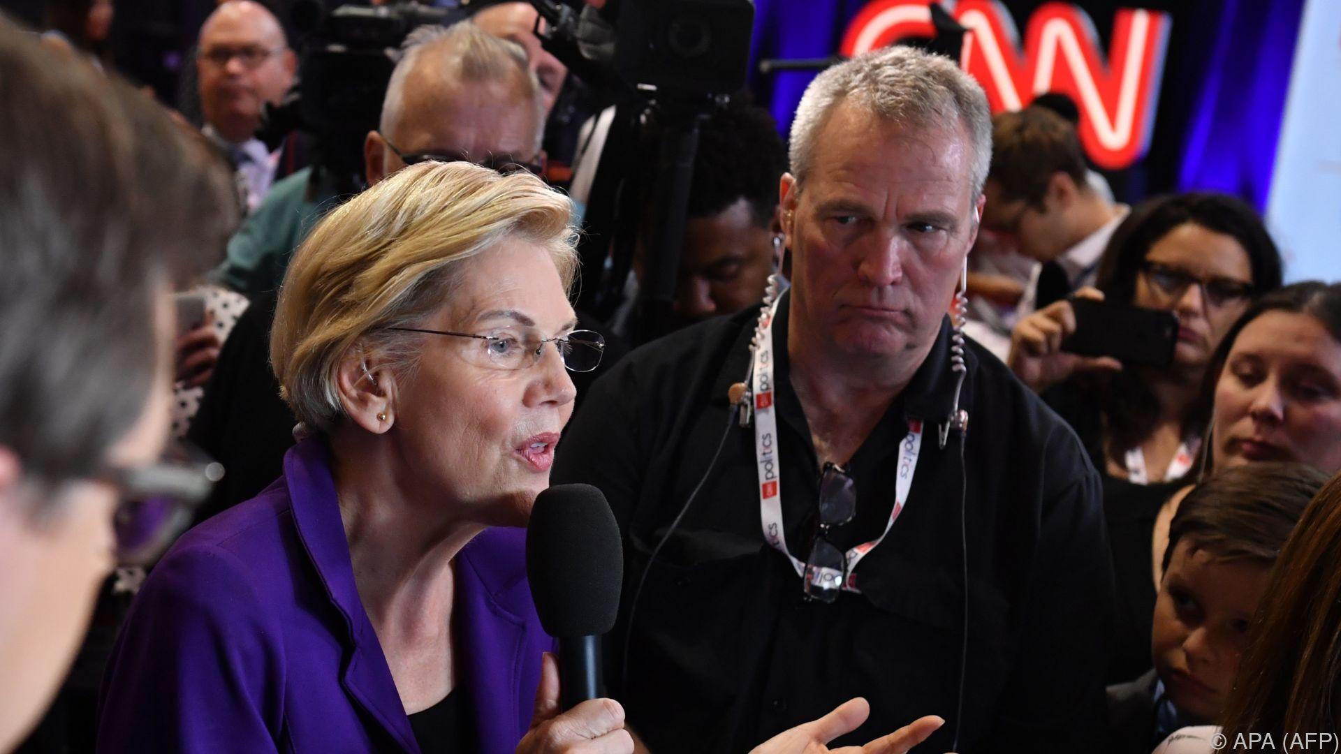 Heftige Attacken auf Warren in TV-Debatte der Demokraten
