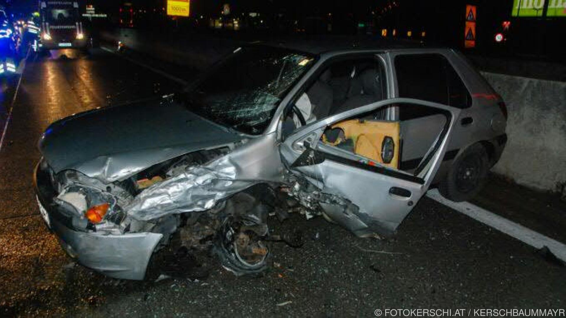 Alko-Geisterfahrer rammte Pkw auf Westautobahn in OÖ