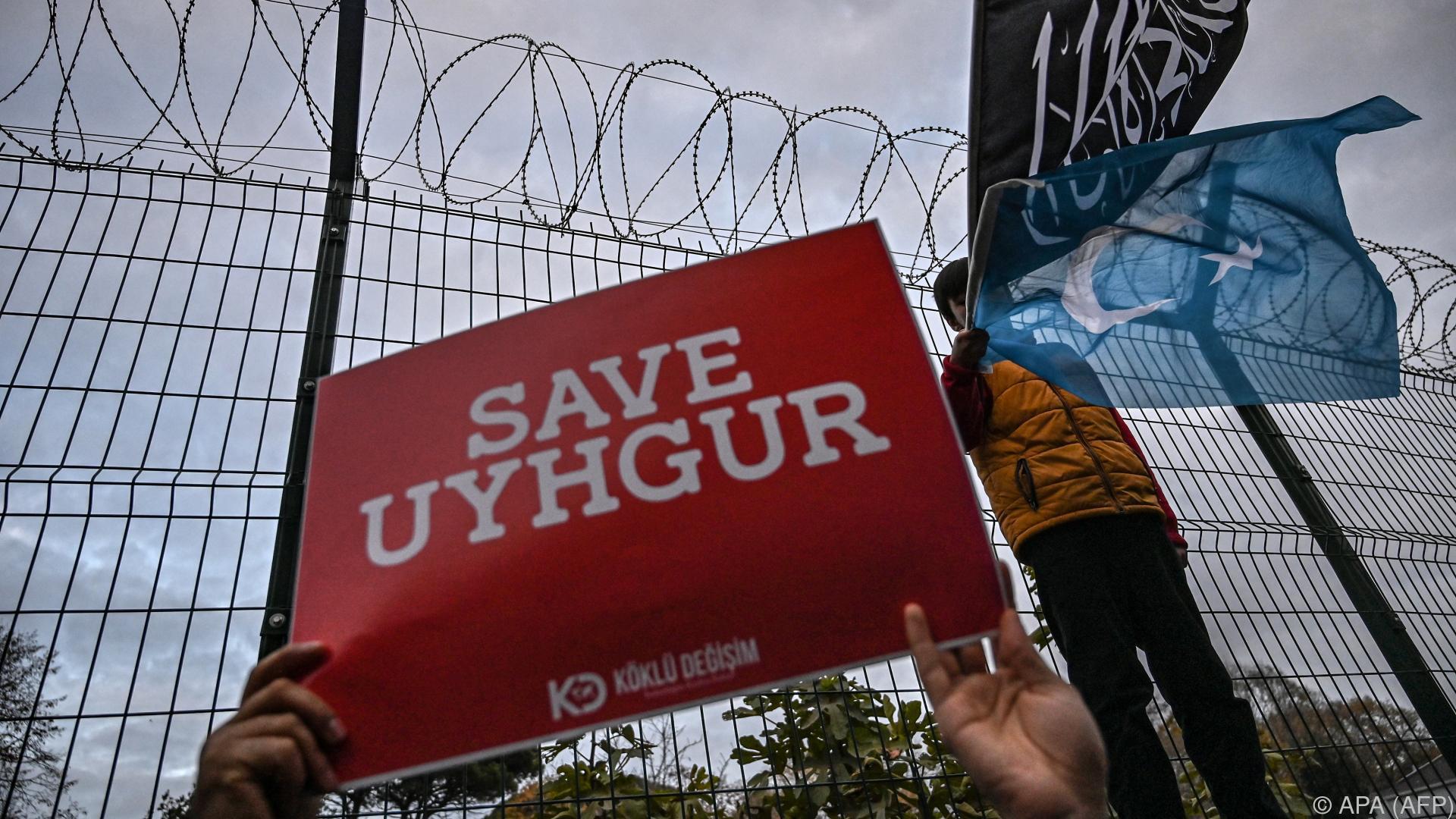 Chinas Regierung: Uiguren werden nicht in Lagern inhaftiert