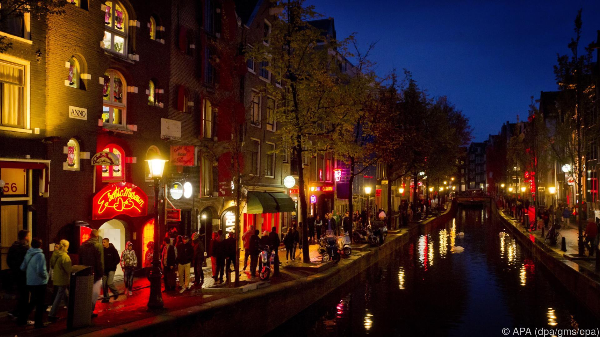 Amsterdam schränkt Kiffer und Rotlicht-Tourismus ein
