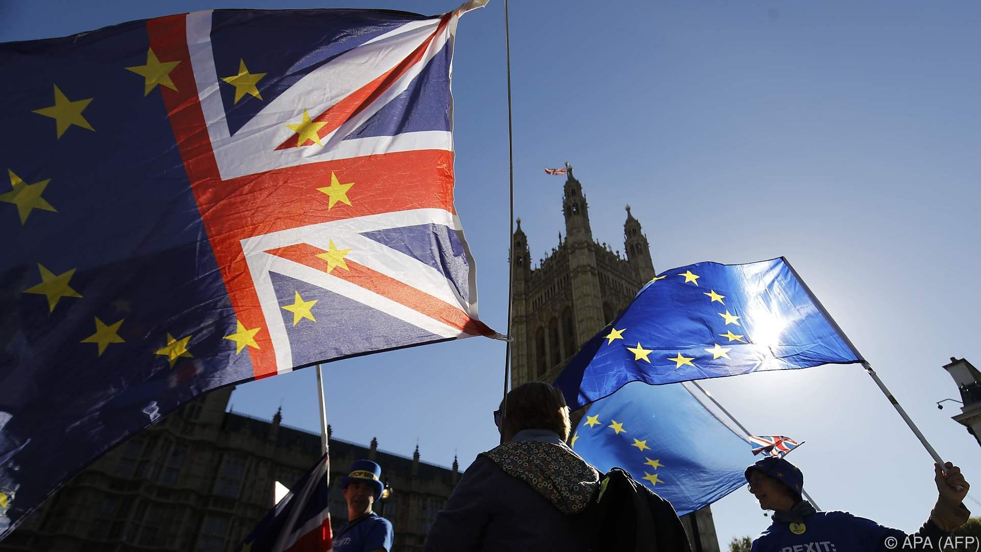 Briten und EU legen Fahrplan für Gespräche über Zukunft vor