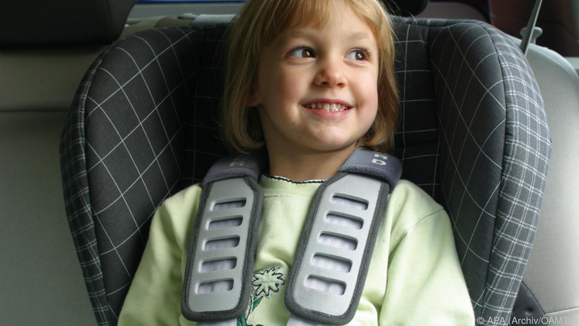 Gute Ergebnisse für viele Modelle im ÖAMTC-Kindersitztest