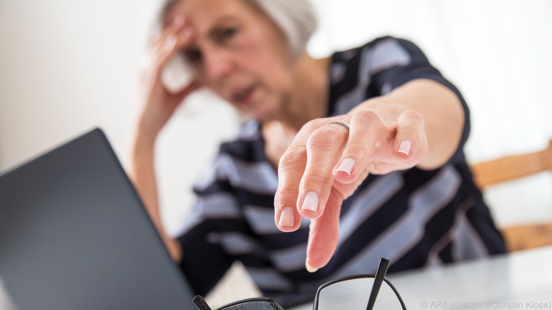 Lese- und Gleitsichtbrille sind für PC-Arbeit nicht optimal